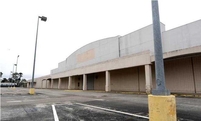 Picture of Vacant Kmart